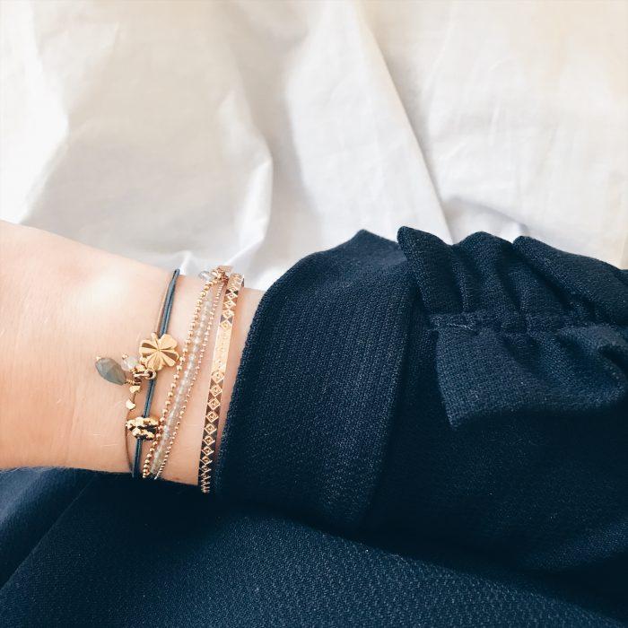 Armbänder von new one shop und ANNA inspiring jewellery