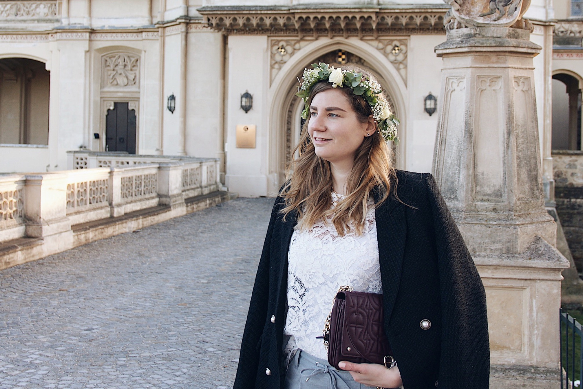 Winter Outfit mit flowercrown