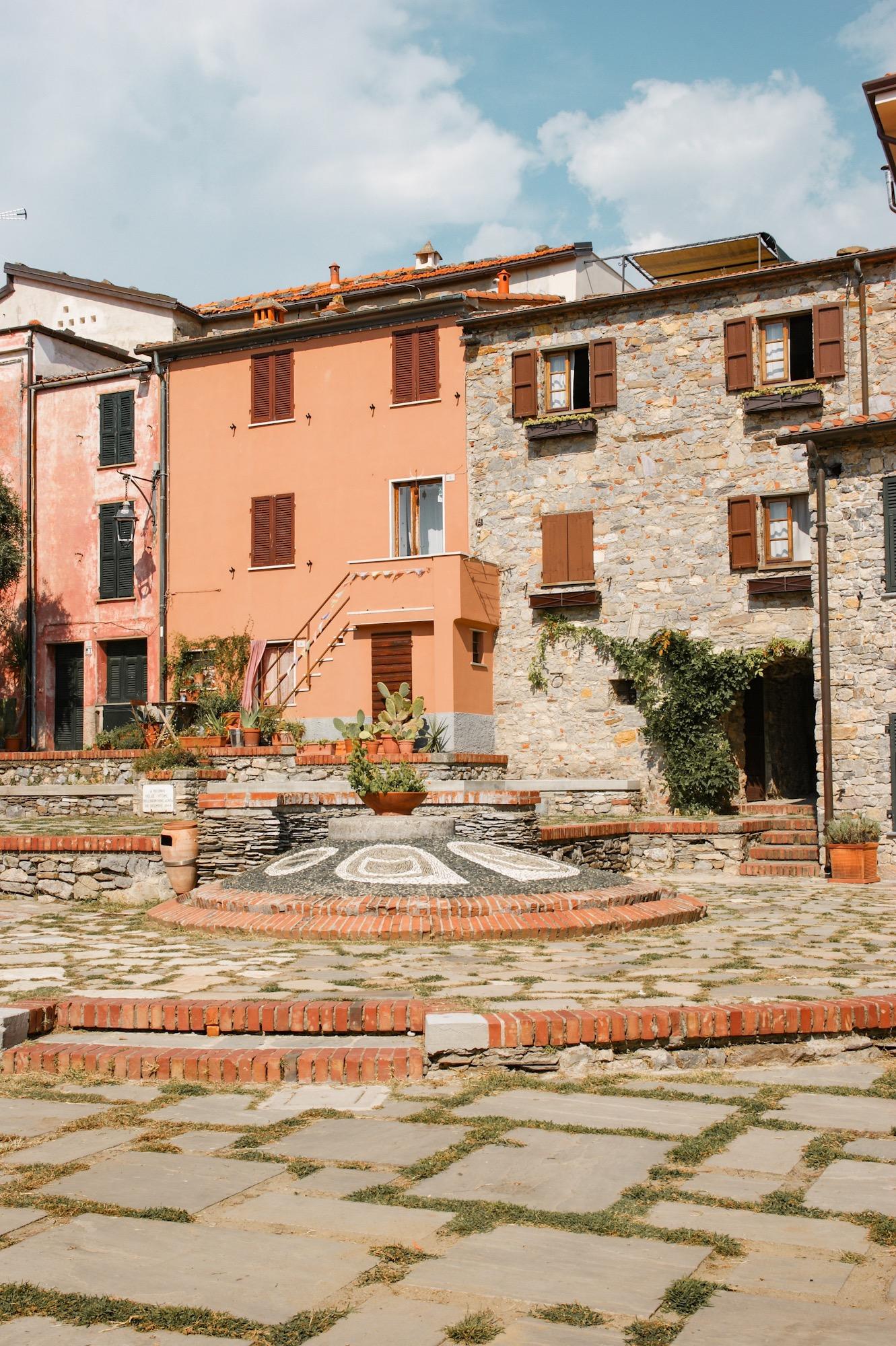 Montemarcello, Reisebeitrag, Italien, Ligurien, Bergdorf