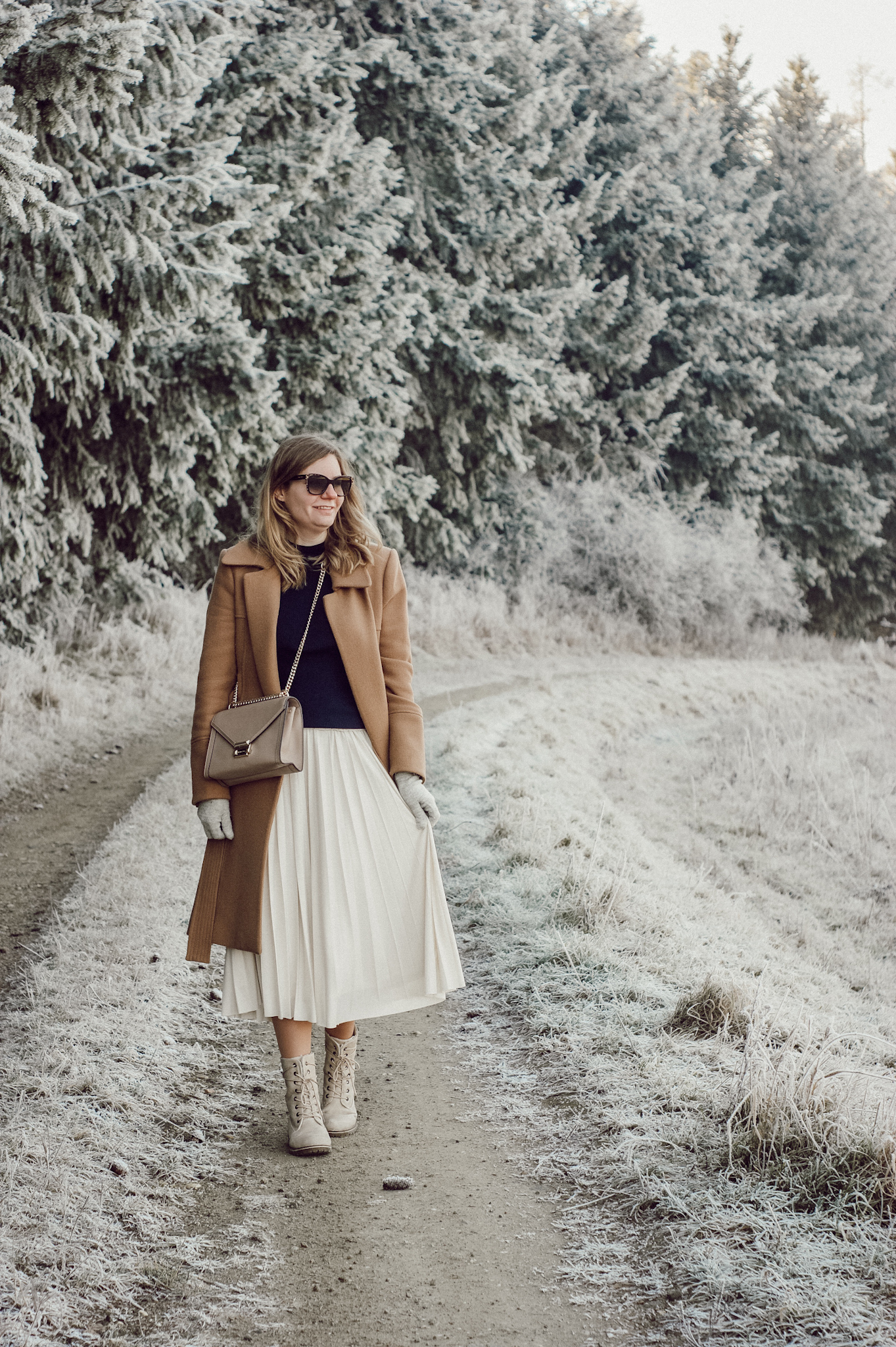 Winter Outfit Plisseerock pleated skirt Hallhuber