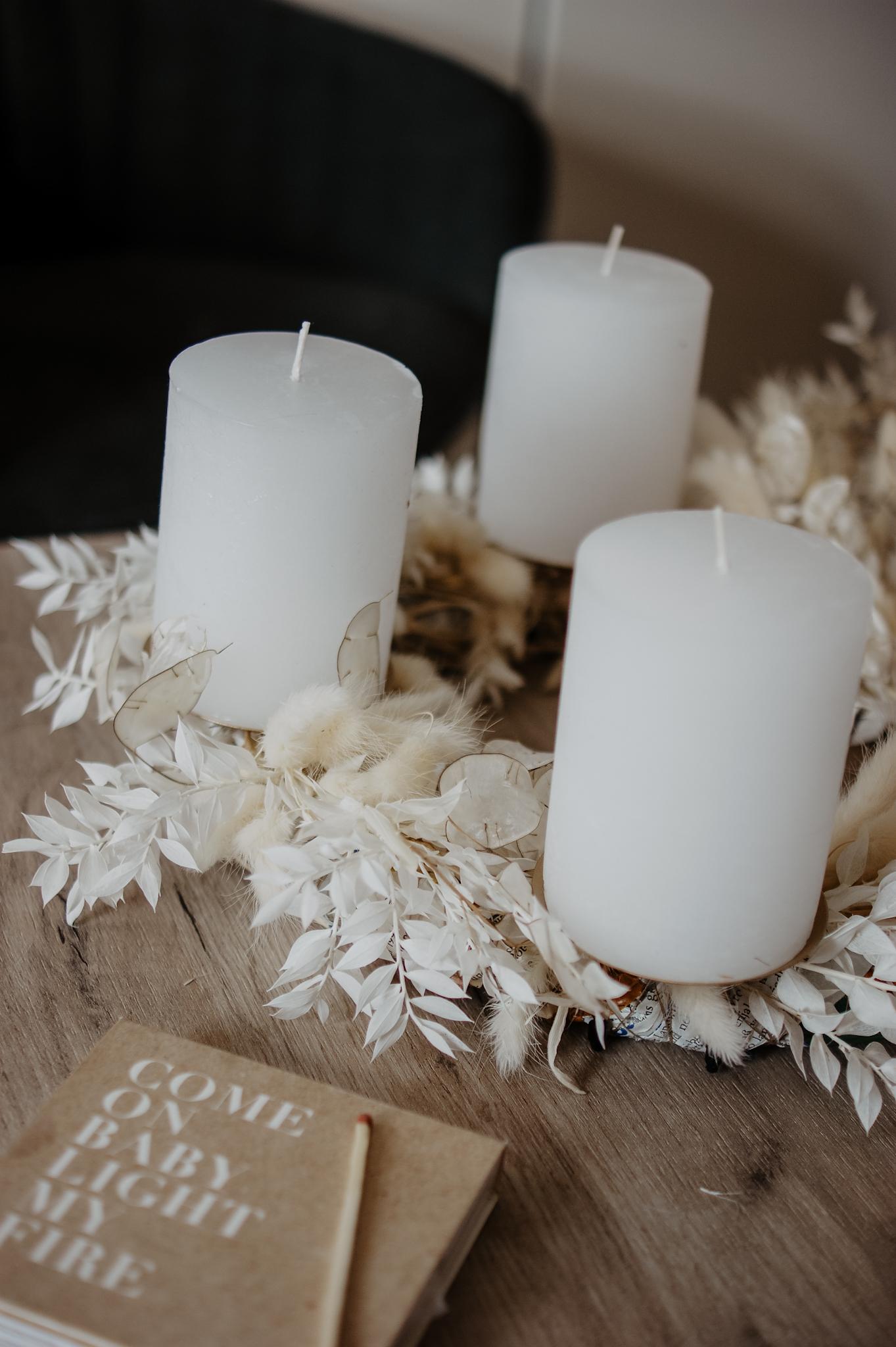 Adventskranz aus Trockenblumen