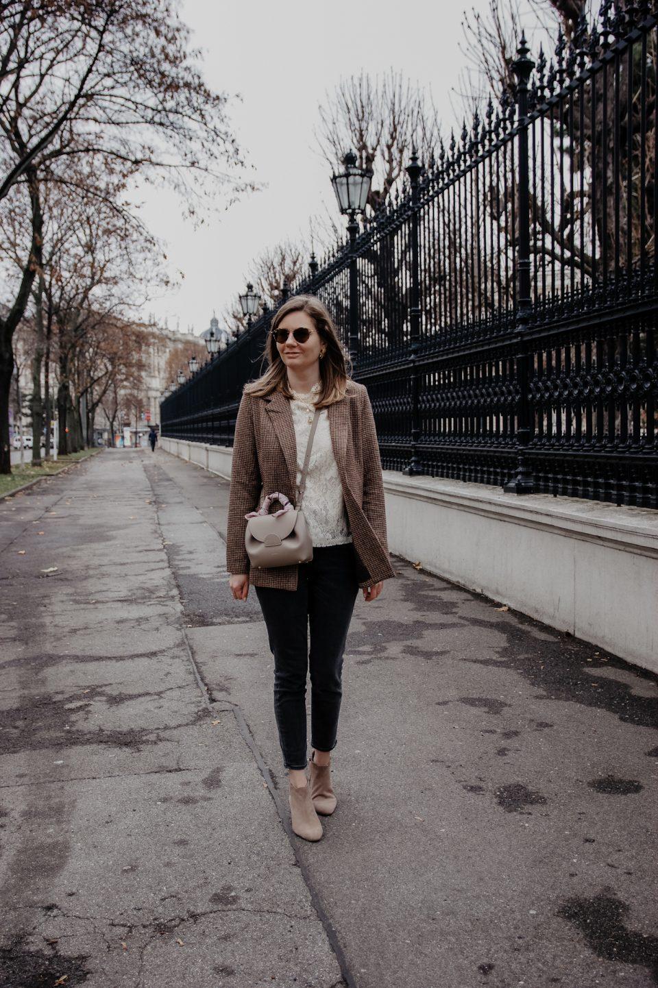 Winter Outfit Blazer, Jeans, Polene, Bluse