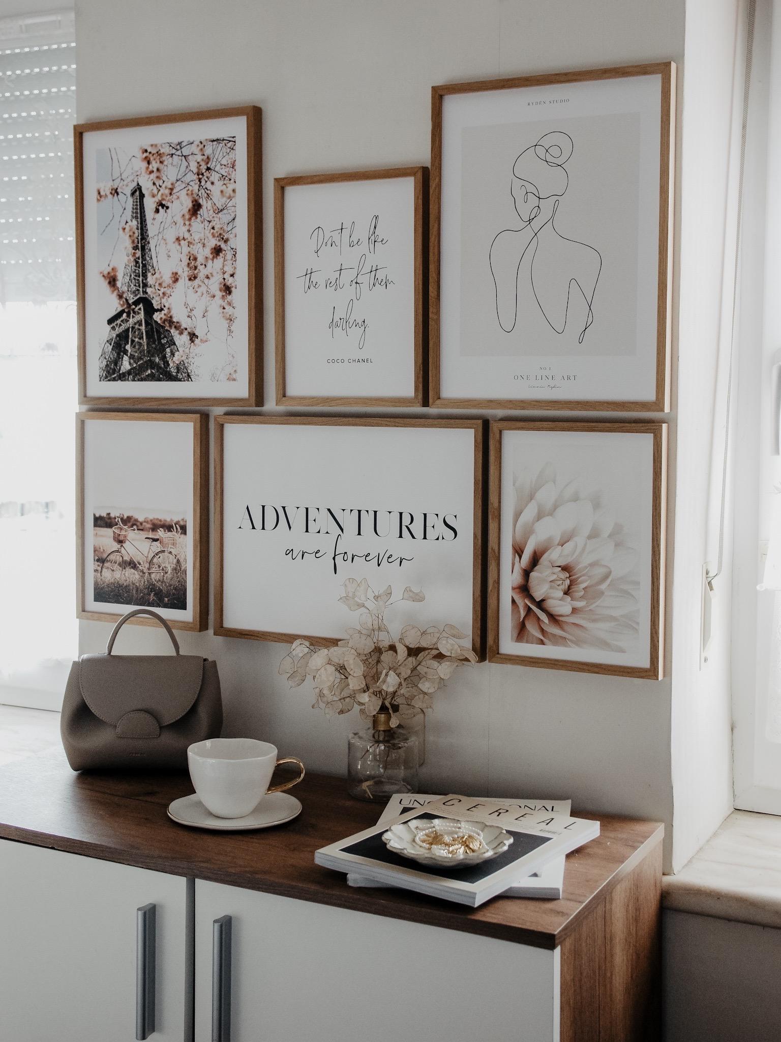 Poster Store Posterwall Bildwand Frühling Typografie interior