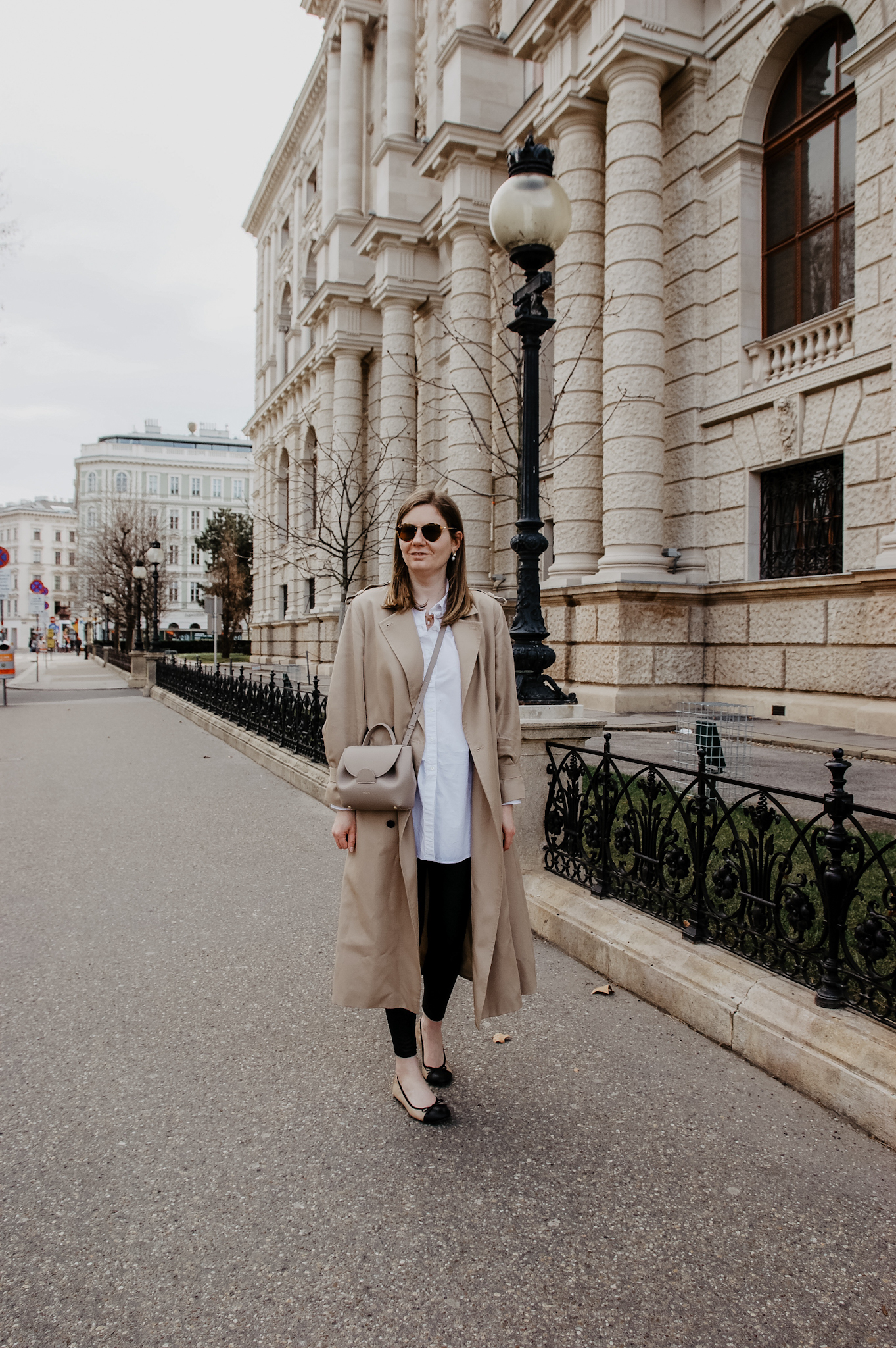 Trenchcoat Outfit spring Vienna