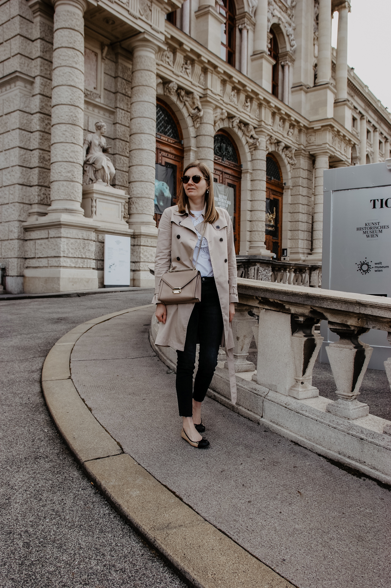 Vienna Spring Outfit Trenchcoat