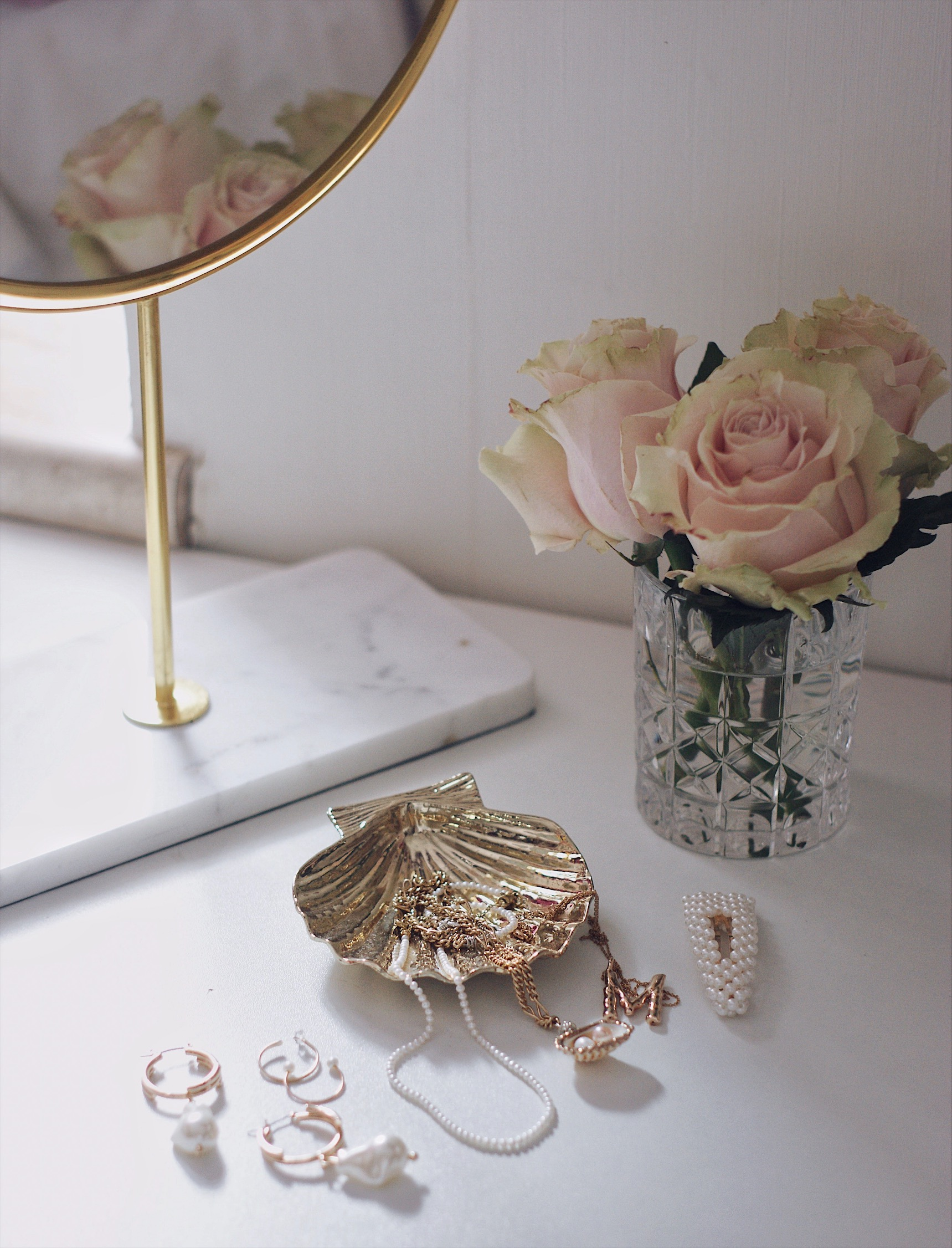 Kleine Vasen rosa Rosen