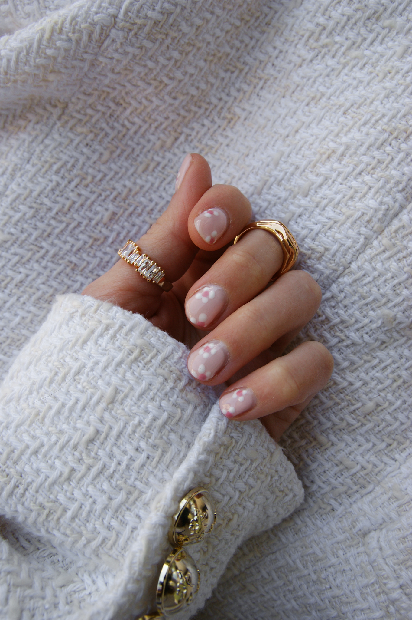 floral nails, alessandro striplac, pink nails, nude, Sif Jakobs, rings