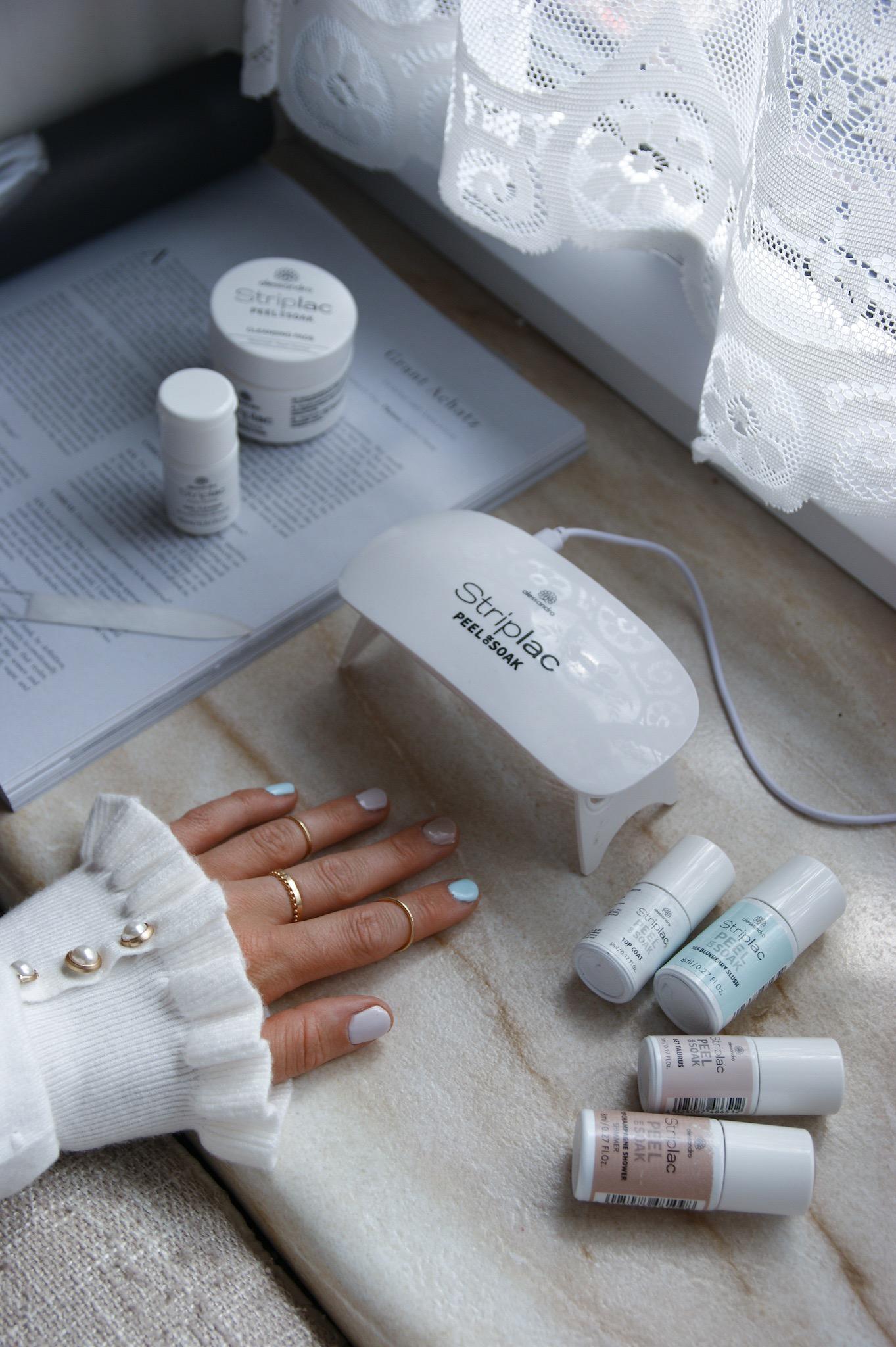 summer nail design Alessandro Striplac