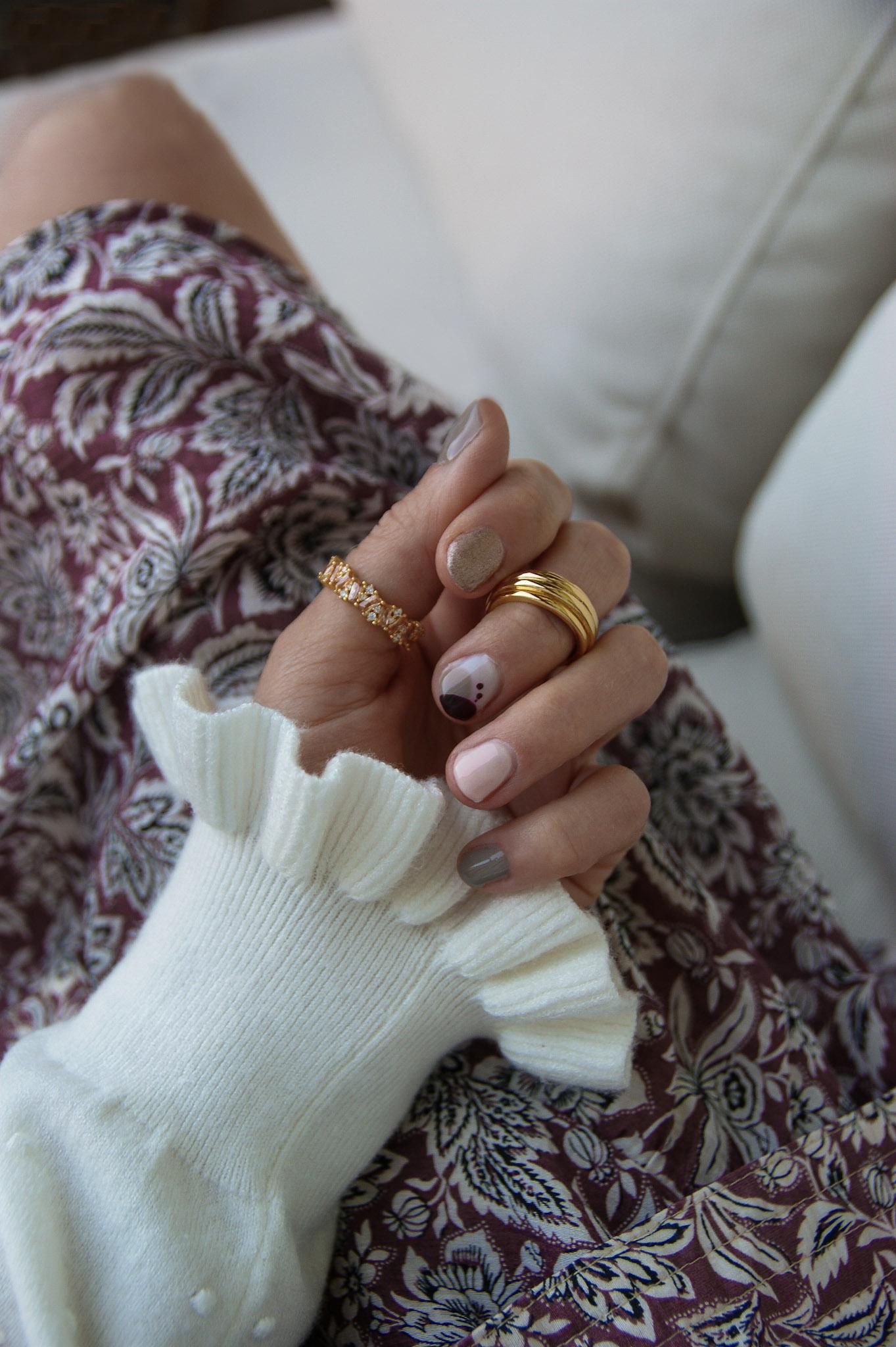 Alessandro striplac crush on chrome nails